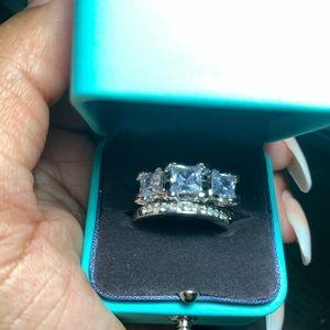 Jewelry - Statement Rings